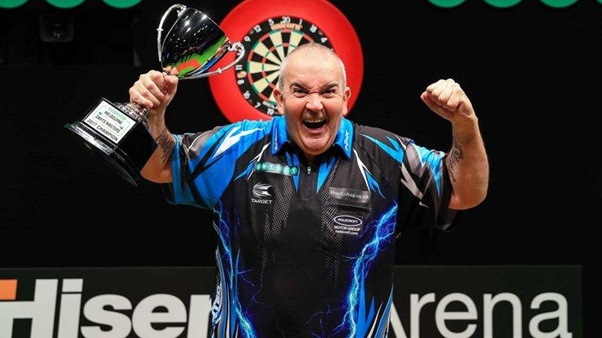 Phil Taylor Beats Peter Wright In Final Of The Melbourne Darts Masters