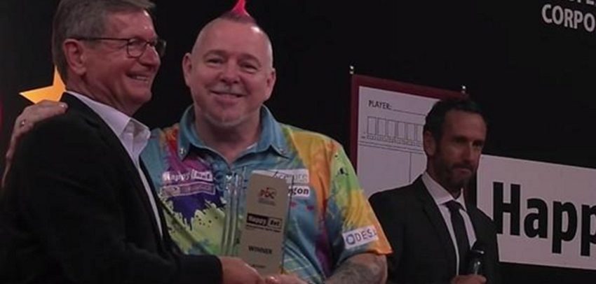 Peter 'Snakebite' Wright Wins 10th Title Of The Year