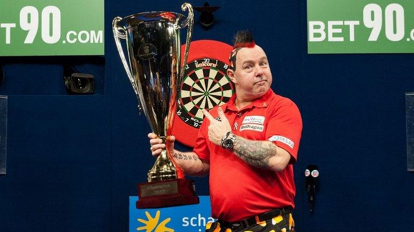 Peter Wright Wins World Series of Darts